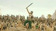 《巴霍巴利王》遇到雪崩怎么办 印度男子开挂展示高超逃亡技能