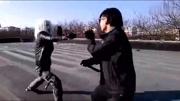 吳京和甄子丹在《殺破狼》中對打片段,被美國警校當成教學材料