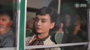 奥黛丽赫本孙女翻拍祖母经典照片 正式出道。网友:太像了