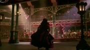 Anne-Marie联手James Arthur最新现场首演《马戏之王》-