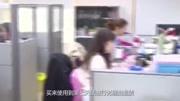 """大学生利用京东""""七天无条件退货""""换手机,刘强东现场表扬"""