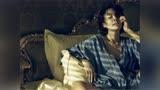 许晴为什么在《邪不压正》里有这么多身材特写,姜文的回答很男人