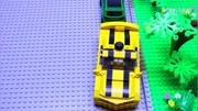 变形金刚大黄蜂看到自己被锤烂了表情亮了!太萌了