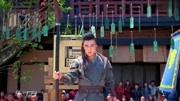 《斗破苍穹》吴磊上演英雄救美,抱着李沁不放手,被李沁大骂色狼