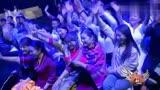 中國藏歌會蒲巴甲激情演唱《康定情歌》,大家獻哈達,點燃!