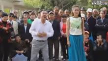 云南山歌 李如燕唱的太牛了