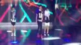 少年中国强tfboys 现场热舞《heart》何炅刘纯燕..._2