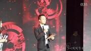 筷子兄弟经典代表作《小苹果》MV也是很多广场舞用的歌曲