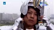 圣斗士星矢-冥王神話,一個不戴美瞳的天蝎座一個戴眼鏡的水瓶座