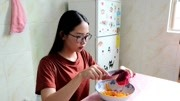 1分钟教你做甜点酸奶松饼,香甜可口,孩子喜欢,主要是简单啊