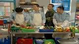 炊事班的故事老高誤餐飯做得太豐盛,戰友吃的都不安心