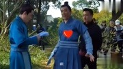 《知否》发布会赵丽颖没去,冯绍峰在现场自拍带回去给老婆看