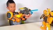 变形金刚 擎天柱和大黄蜂组合变身 救援机器人视频