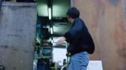 電影《旺角卡門》, 劉德華為了照顧小弟, 讓張學友擺攤賣魚