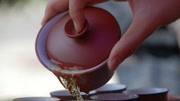 茶龄多大?看他使用茶具配件的手法便知!