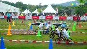实拍深圳儿童平衡车比赛现场,三岁娃娃骑着小单车竞赛好可爱
