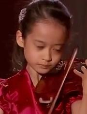 鞠 吉村 妃